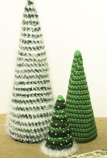 Árboles de Navidad hechos en ganchillo