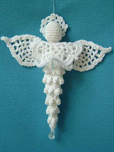Ángel de Navidad hecho en ganchillo