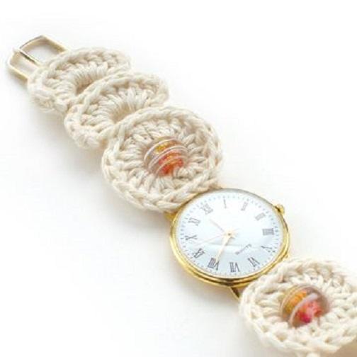 Tunea tu viejo reloj con ganchillo ¡mira cómo queda de bien!